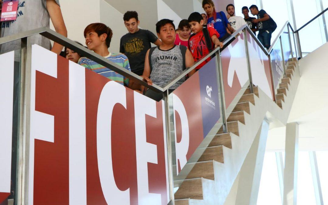 Pequeños espectadores, grandes protagonistas: la Sección Infantil en el FICER